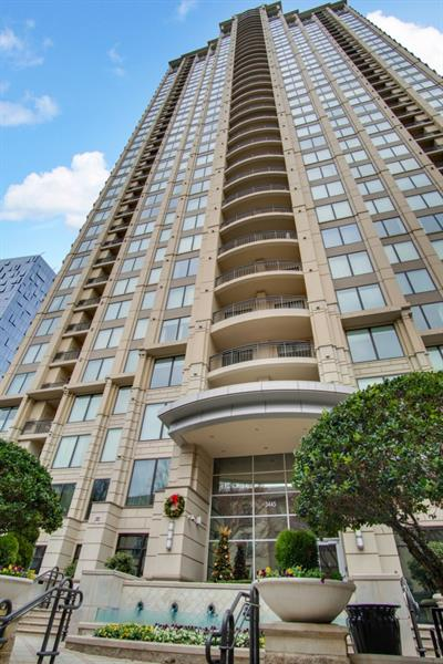 2Bed/2Bath Home In Paramount At Buckhead